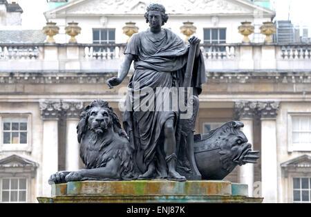 London, England, UK. Statue of George III (John Bacon, c1790) in Somerset House - Stock Photo