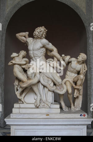 Hellenistic art. Lacoon and his Sons, Antiphantes and Thymbraeus being attacked by sea serpents. - Stock Photo