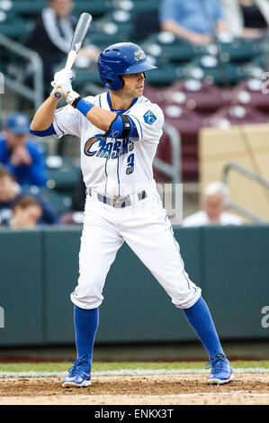 Omaha, NE, USA. 04th May, 2015. Omaha Storm Chasers 2nd baseman Whit Merrifield #3 in action during Game 2 of the - Stock Photo