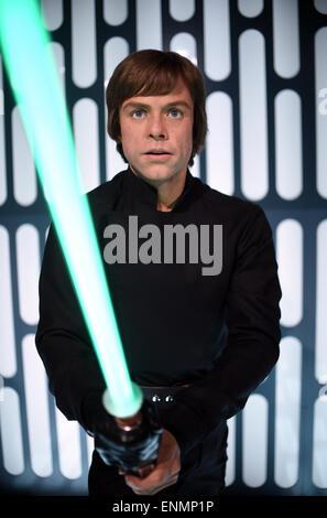 Berlin, Germany. 7th May, 2015. The wax figure of the Star Wars saga 'Luke Skywalker' is on display in preparation - Stock Photo