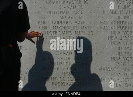 New York, USA. 8th May, 2015. A visitor views the World War II East Coast Memorial in New York, the United States, - Stock Photo
