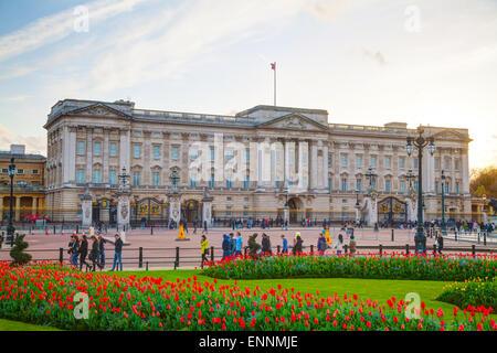 LONDON - APRIL 12: Buckingham palace at sunset on April 12, 2015 in London, UK. - Stock Photo