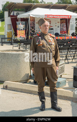 Toronto, Canada. 9th May 2015. President of Canadian Association of World War 2 Veterans from Soviet Union, Volkov - Stock Photo
