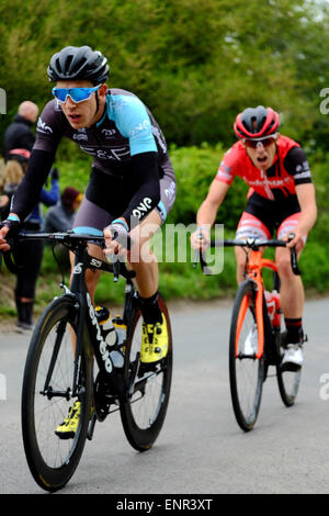 Wiltshire, UK. 10th May, 2015. Team Wiggins' is one of eleven pro-cycling teams racing through south Wiltshire today - Stock Photo
