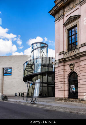 German Historical Museum, Berlin. Museum of History. Extension by I.M.Pei. Modern Glass and steel wing for temporary - Stock Photo