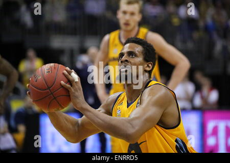 Berlin, Germany. 10th May, 2015. Clifford Hammonds (25) gets a free throw as Alba Berlin defeated EWE Baskets Oldenburg - Stock Photo