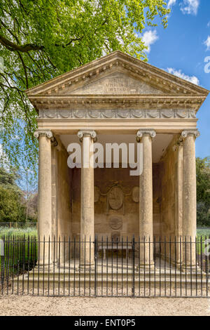 Blenheim Palace Park, Woodstock, UK: The classical Temple of Diana, where Sir Winston Churchill proposed to his - Stock Photo