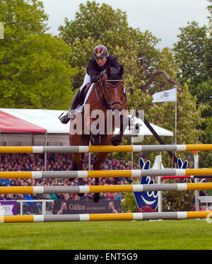Badminton, Gloucestershire, UK.10th May, 2015. Germany's Ingrid Klimke and Horseware Hale Bob second in The Mitsubishi - Stock Photo