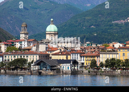 Verbania Intra lakefront on a veautiful summer day - Stock Photo