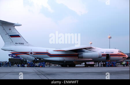 Kathmandu, Nepal. 12th May, 2015. An IL-76 aircraft of Russia's emergency situations ministry that has delivered - Stock Photo