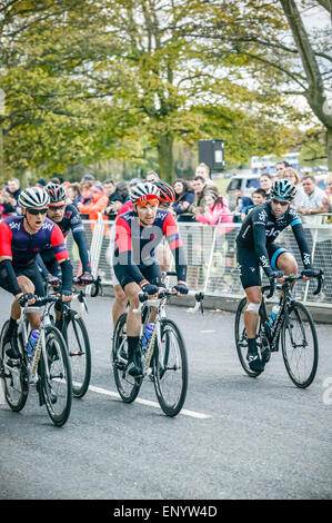 Final stage 2015 Tour de Yorkshire, Roundhay Park, Leeds, West Yorkshire, Team Sky finishing together - Stock Photo