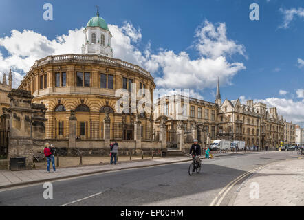 View from Broad Street on the Sheldonian Theatre, designed by Christopher Wren, in Oxford, England, Oxfordshire, United Kingdom.