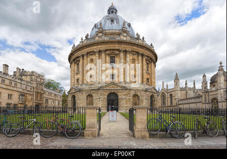 View on the Radcliffe Camera, Brasenose College and All Souls College from Radcliffe Square, Oxford, England, United - Stock Photo
