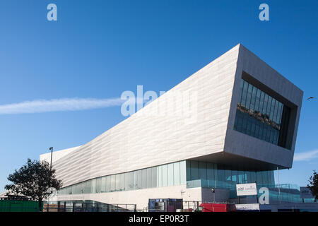 The Liverpool Museum at the Pier Head.Opened in summer of 2011. Part of Liverpool's UNESCO World Heritage site on - Stock Photo