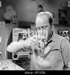 Campingplatz, Fernsehfilm, Deutschland 1964, Regie: Gustav Burmester, Darsteller: Wolfgang  Condrus (?) - Stock Photo