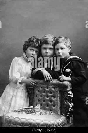 Prince of Wales with Prince Albert and Princess Mary pose for a portrait. - Stock Photo