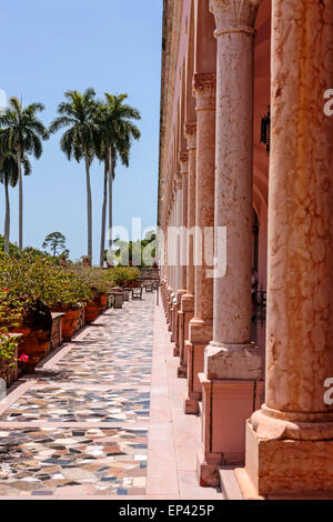 Mediterranean Style Courtyard With Arches And Columns