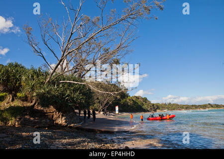A boat getting ready to launch out to sea for a scuba diving expedition in Byron Bay, Australia. - Stock Photo