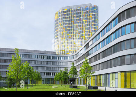 headquarters head office car repair shop chain atu stock photo royalty free image 21241084. Black Bedroom Furniture Sets. Home Design Ideas