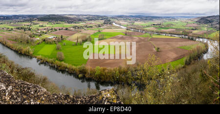 A loop in the River Lot: Countryside around Domme. A high resolution view from the village of Domme, high above - Stock Photo