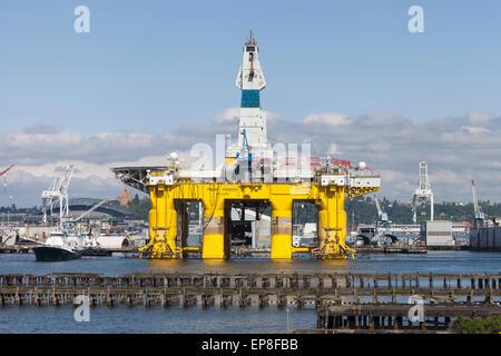 Giant Shell drilling rig arrives in Port Angeles - Strange ... |Transocean Shell Rigs