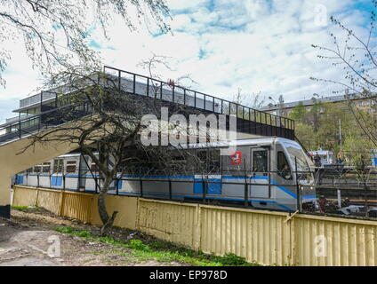 Moscow, Russia. 14th May, 2015. A train arriving at Partizanskaya metro station. The Moscow Metro celebrates its - Stock Photo