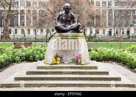Mahatma Gandhi statue, Tavistock Gardens, Tavistock Square, London, England, UK - Stock Photo