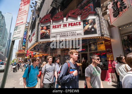 New York, USA. 15th May, 2015. A memorial to B.B. King is displayed on the marquee of his eponymous blues club in - Stock Photo