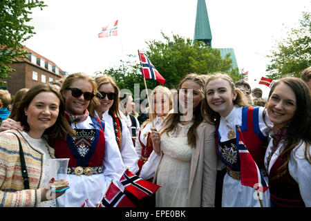 Copenhagen, Denmark. 17th May, 2015. Young women participating in celebration of Norway's National Day in Copenhagen. - Stock Photo