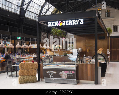 Ostbanehallen, Oslo Norway, railway station converted into food and restaurant court, Ben and Jerry's with sushi - Stock Photo