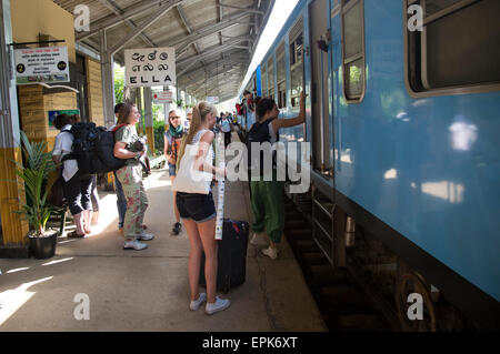 Train arriving at platform railway station Ella, Badulla District, Uva Province, Sri Lanka, Asia - Stock Photo