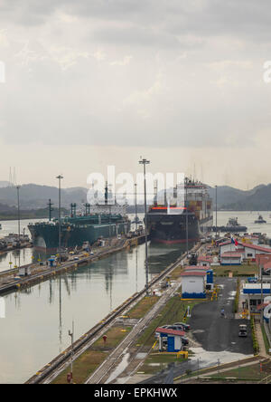 Panama, Province Of Panama, Panama City, Container Ship Passing Through The Miraflores Locks In The Panama Canal - Stock Photo
