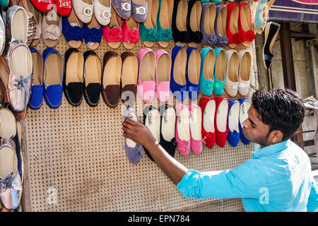 Mumbai India Asian Apollo Bandar Colaba Indumati Sakharkar Marg Causeway Market shopping man sidewalk vendor woman's - Stock Photo