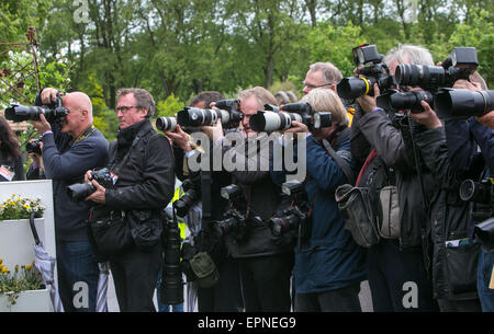 Press photographers at the RHS Chelsea Flower Show 2015 - Stock Photo