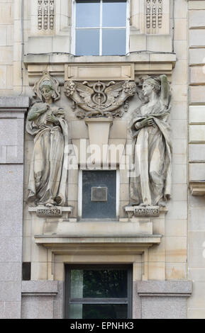 Art Nouveau Building 39 S Facade With Female Figures Ringstrasse Stock Phot