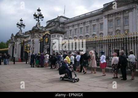 London, UK. 20th May, 2015. Esteemed guests attend the Queens Annual Garden Party. Credit:  Denise Maxwell/Alamy - Stock Photo