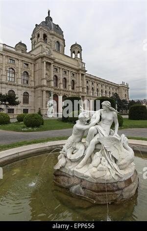 Kunsthistoriches Museum, Vienna, Austria with fountain - Stock Photo