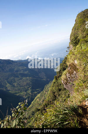 World's End cliff at Horton Plains national park, Sri Lanka, Asia - Stock Photo