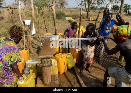 ETHIOPIA Gambela, hand pump set for water supply in village / AETHIOPIEN Gambela, Handpumpe fuer Trinkwasser Versorgung - Stock Photo