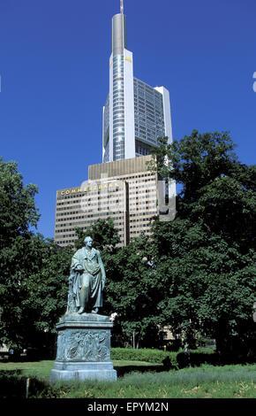 DEU, Germany, Hesse, Frankfurt, Commerzbank and Goethe monument.  DEU, Deutschland, Hessen, Frankfurt am Main, Commerzbank - Stock Photo