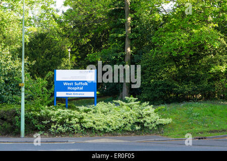 BURY ST EDMUNDS, ENGALND - 11 MAY 2015: Sign post for main entrance of West Suffolk Hospital in Bury St Edmunds, - Stock Photo