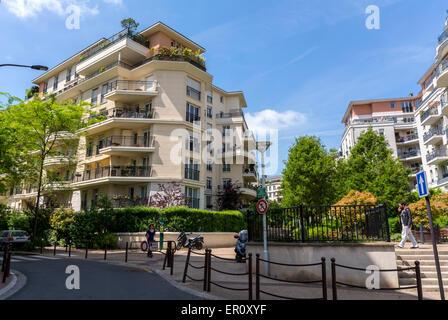 paris france charenton le pont suburbs detail front door to stock photo royalty free image. Black Bedroom Furniture Sets. Home Design Ideas