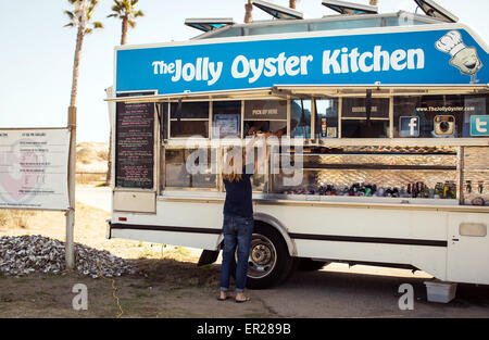 The Jolly Oyster food truck at the San Buenaventura State Beach in Ventura, California. - Stock Photo