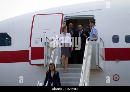 Palmerola, Honduras. 25th May, 2015. Queen Letizia of Spain arrives at the military air base Enrique Soto Cano, - Stock Photo