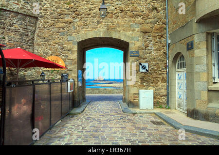 France Brittany one of the gates of the ancient city walls and in the background the Fort Petit Be - Stock Photo