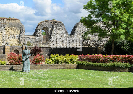 A sculpture of a robed figure by Dame Elisabeth Frink in the ruins of the former Benedictine Abbey at Reading , - Stock Photo