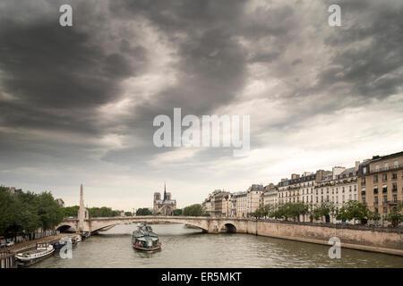 View from Pont de Sully to Pont de la Tournelle and Quai Bethune, Ile Saint-Louis, Paris, France, Europe, UNESCO - Stock Photo