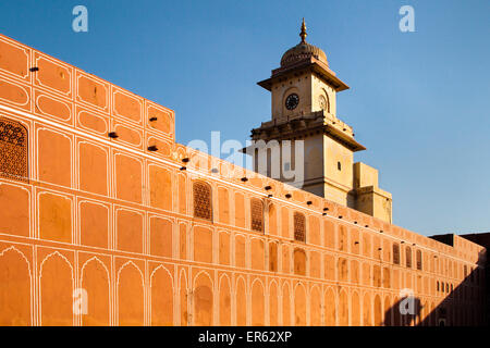 City Palace of Jai Singh II, internal wall and tower, Jaipur, Rajasthan, India - Stock Photo
