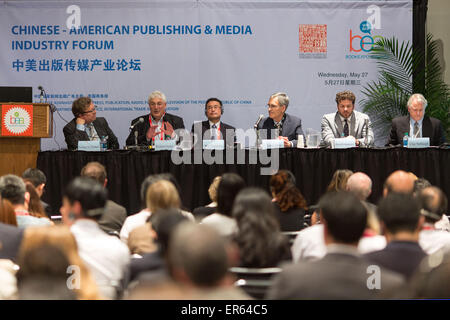 New York, USA. 27th May, 2015. Guests attend the Chinese-American Publishing & Media Industry Forum during the BookExpo America (BEA) 2015 in New York, the United States, May 27, 2015. © Li Muzi/Xinhua/Alamy Live News