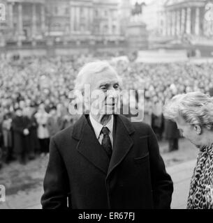Veteran Philosopher Bertrand Russell braved today's Arctic weather to address a meeting to several thousand supporters - Stock Photo